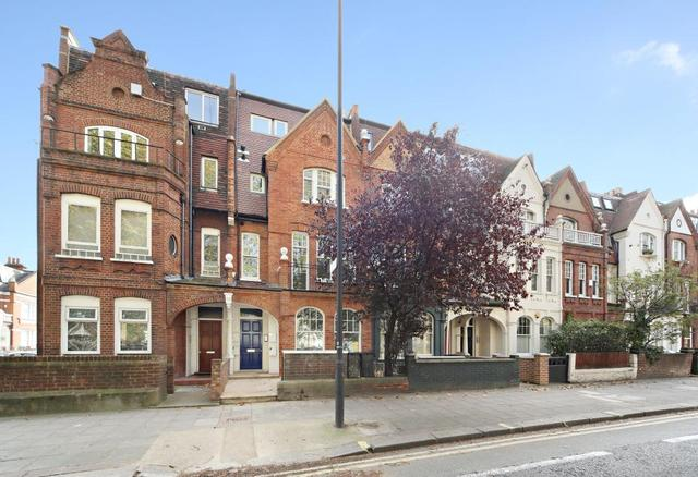 2 Bedroom Flat To Rent In New Kings Road London Sw6