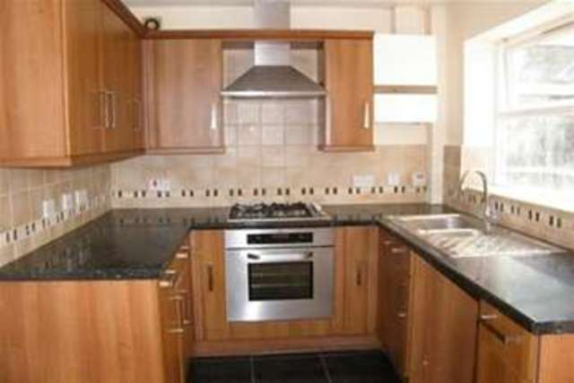 Bed House To Rent Farnworth