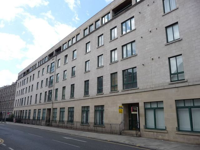2 Bedroom Flat To Rent In East Fountainbridge Edinburgh Eh3