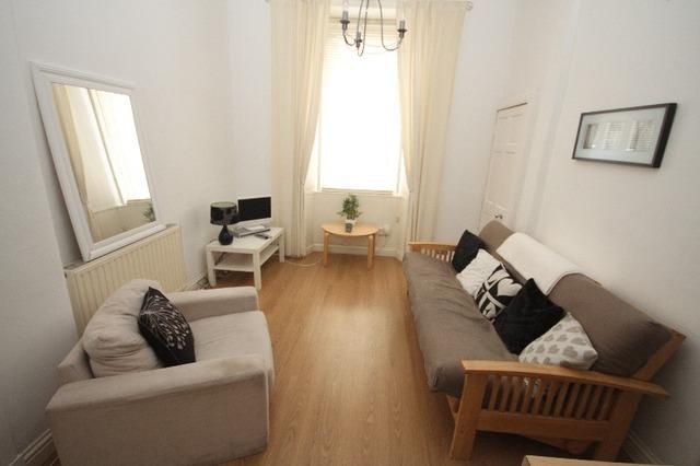 1 Bedroom Flat To Rent In Albion Terrace Edinburgh Eh7