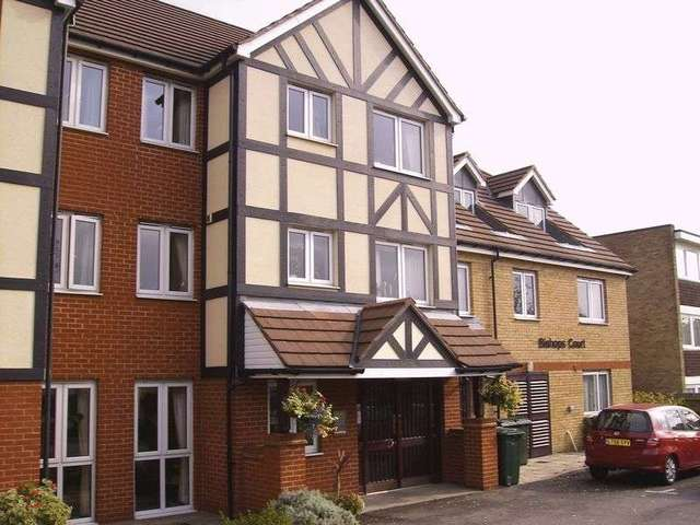 Image of 1 bedroom Retirement Property for sale in Watford Road Wembley HA0 at 152 Watford Road  Wembley, HA0 3FE