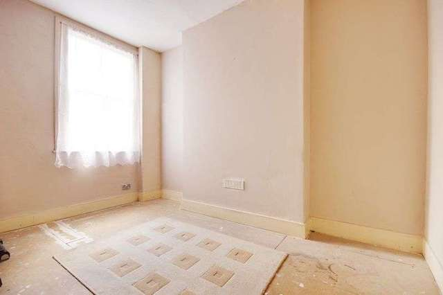 Image of 4 bedroom Terraced house for sale in Southwold Road London E5 at Southwold Road  London, E5 9PS