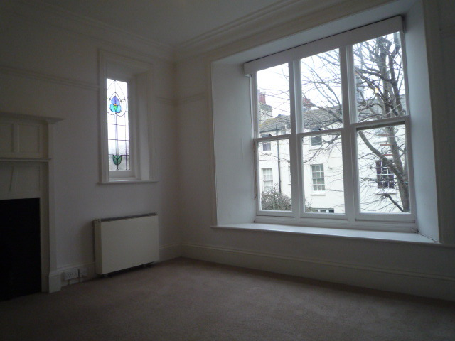2 Bedroom Ground Flat To Rent In Clifton Road Brighton Bn1