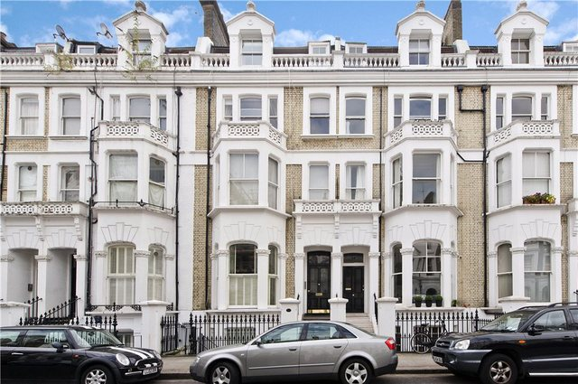 2 Bedroom Flat To Rent In Coleherne Road London Sw10