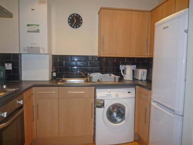 2 Bedroom Flat To Rent In Fraser Street Aberdeen Ab25