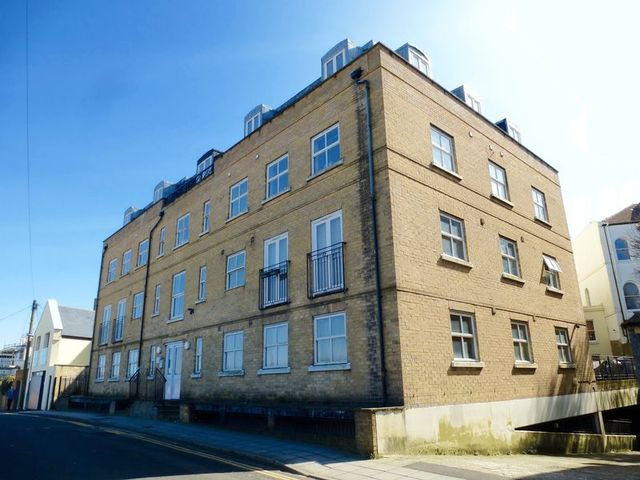 1 Bedroom Flat To Rent In Howard Place Brighton Bn1