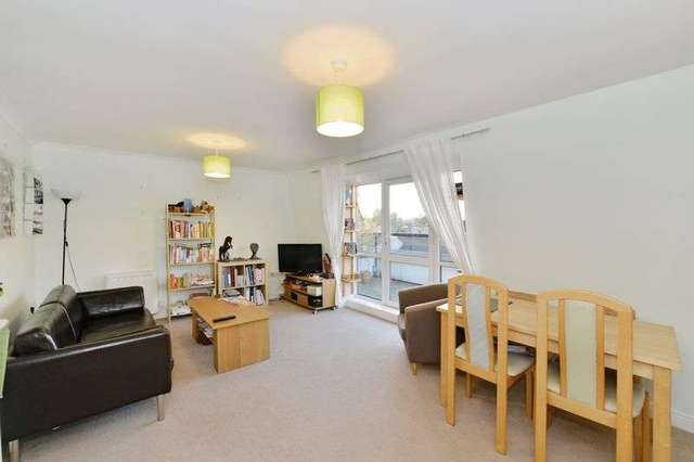 2 Bedroom Flat For Sale In Candle Street London E1