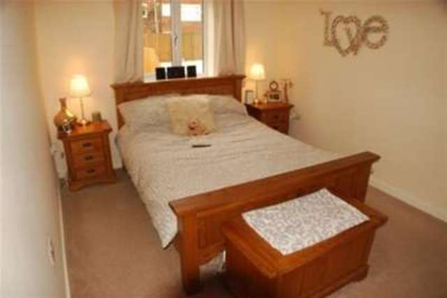 Image of 4 bedroom Detached house to rent in Melville Street Salford M3 at Salford, M7 3DL