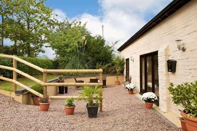 Image of 2 bedroom Flat for sale in Bosbury Ledbury HR8 at Bosbury Ledbury, HR8 1HE