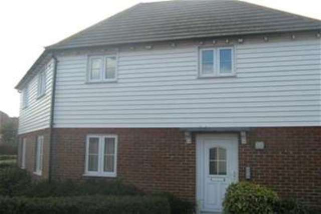 Image of 2 bedroom Flat to rent in Chetney View Iwade Sittingbourne ME9 at Sittingbourne, ME9 8SQ