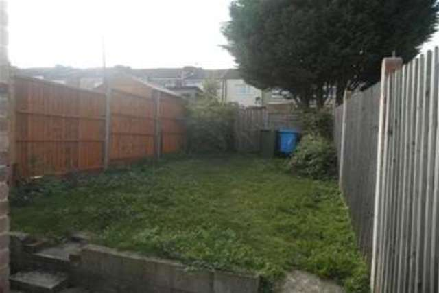 Image of 2 bedroom Terraced house to rent in Frederick Street Sittingbourne ME10 at Sittingbourne, ME10 1AU
