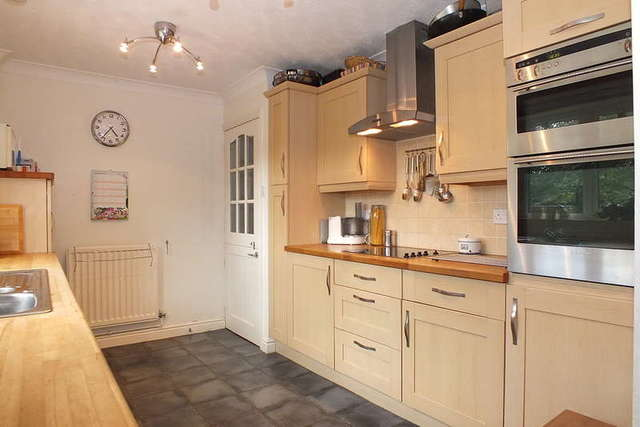 Image of 6 bedroom Detached house for sale in Hunters Mead Hawkesbury Upton Badminton GL9 at Hawkesbury Upton South Gloucestershire, GL9 1BL