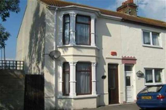 Image of 3 bedroom Detached house to rent in Jefferson Road Sheerness ME12 at Sheerness, ME12 2PX