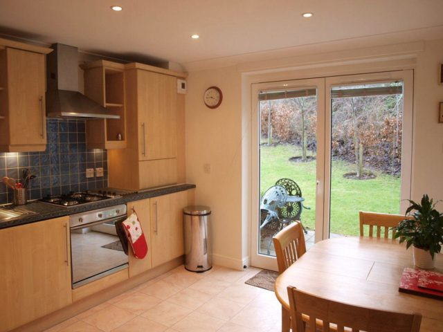 2 Bedroom Flat To Rent In Joppa Station Place Edinburgh Eh15