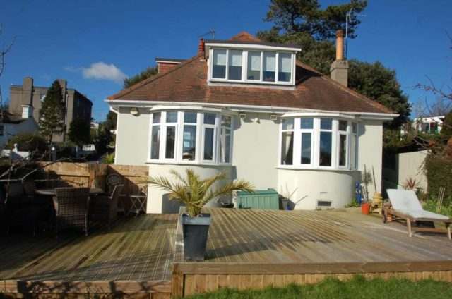 Bed Property To Rent Torquay