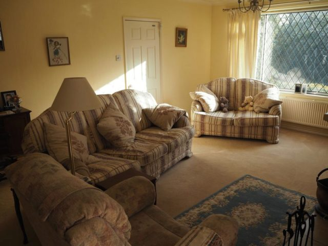 4 bedroom detached house for sale in woodhill road