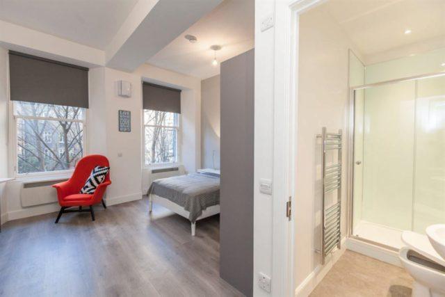 1 bedroom studio flat to rent in lothian street edinburgh eh1. Black Bedroom Furniture Sets. Home Design Ideas