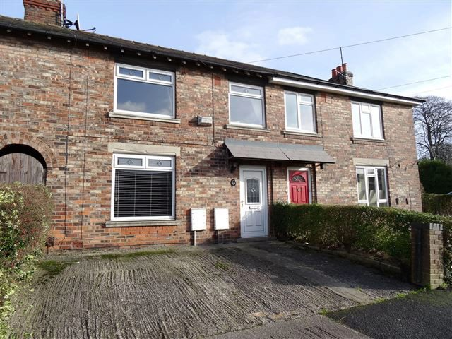 3 Bedroom Terraced House For Sale In Queens Avenue Macclesfield Sk10