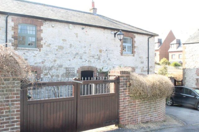 Fabulous 3 Bedroom Detached House To Rent In Fordington Dairy Download Free Architecture Designs Parabritishbridgeorg