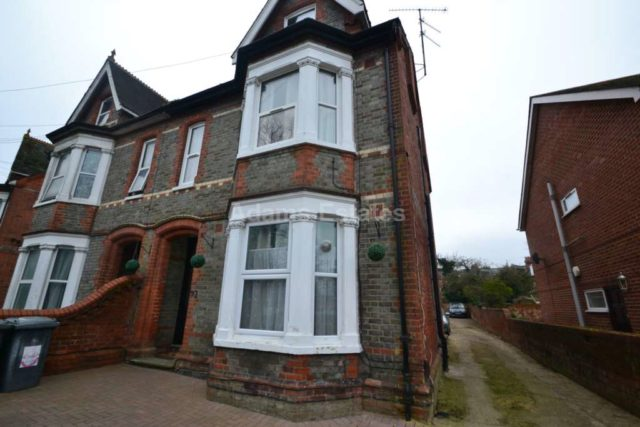 1 bedroom house share to rent in wokingham road earley - 1 bedroom house to rent in reading ...
