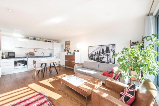 2 Bedroom Flat For Sale In Chalk Farm Road London Nw1