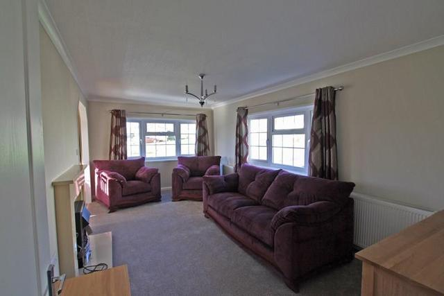 image of 2 bedroom mobile home for sale in institute road swanage bh19