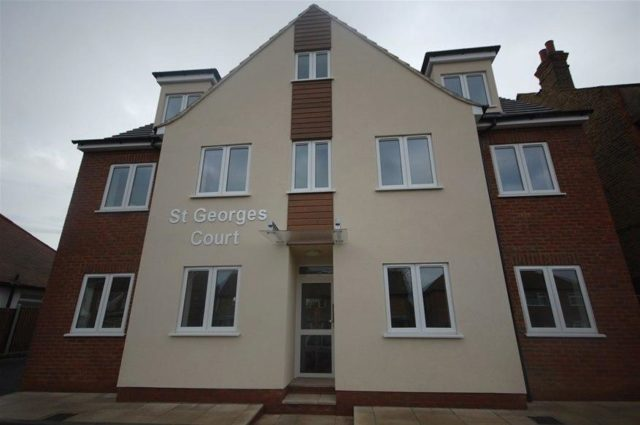 Image of 2 bedroom Houses for sale in Carlton Avenue Westcliff-on-Sea SS0 at Carlton Avenue, Westcliff-On-Sea, SS0