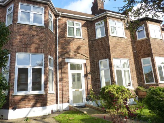 5 bedroom Terraced t...