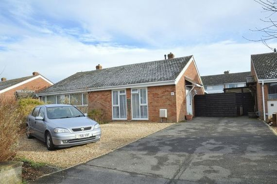2 bedroom Detached f...