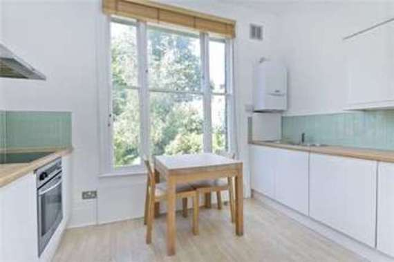 1 bedroom Flat for s...