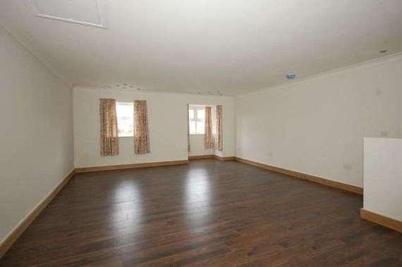 2 bedroom Property t...