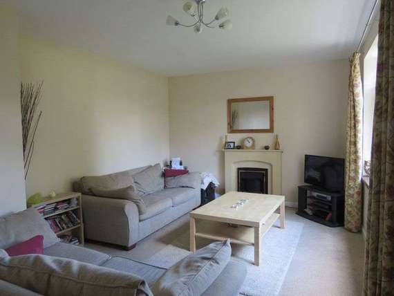 4 bedroom Detached f...