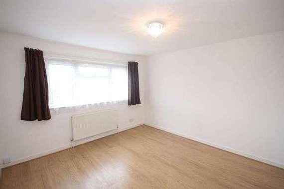 4 bedroom Terraced f...