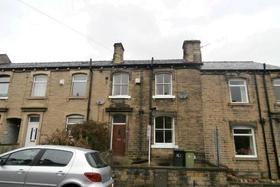 2 bedroom Terraced t...
