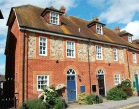 3 bedroom Mews for s...