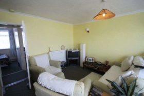 2 bedroom Bungalow t...
