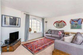 1 bedroom Flat to re...