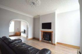 4 bedroom Terraced t...