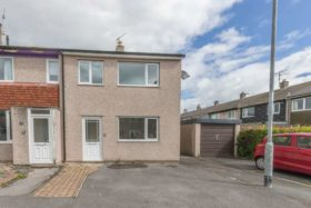 3 bedroom Mews to re...