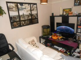 1 bedroom Detached t...