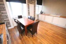 3 bedroom Flat for s...