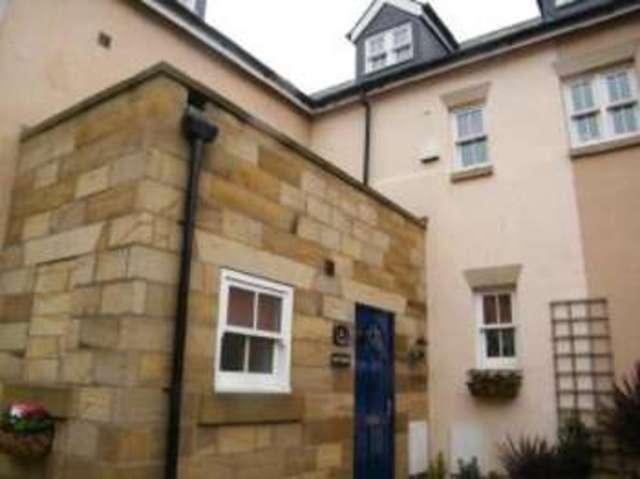 4 bedroom Terraced house for sale in Back St  Hildas Terrace